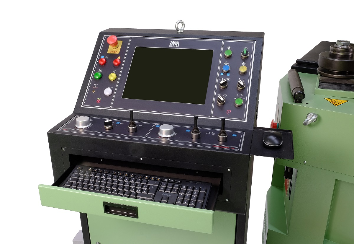 Console BA55 -Asymetrical - 3 driven rolls Hydraulic positioning - Computerised numeric control - CNC