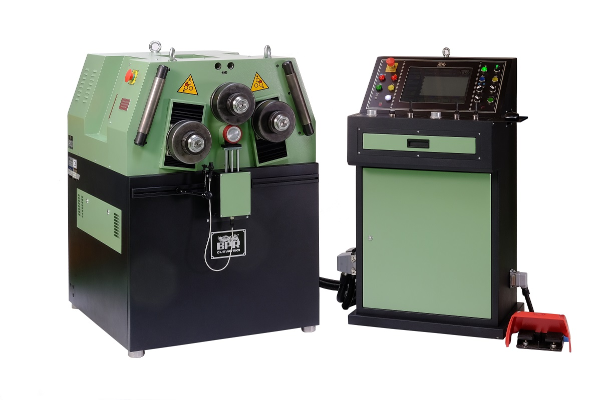 BA55 -Asymetrical - 3 driven rolls Hydraulic positioning - Computerised numeric control - CNC